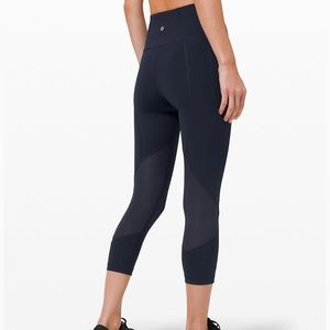 Lululemon Pace Rival Crop-Size 8; Navy